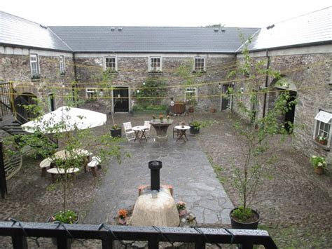 Courtyard   Picture of Ballintaggart House, Dingle