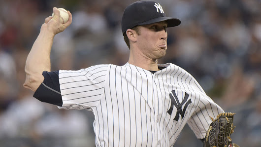 Yankees Bryan Mitchell hit in face by liner