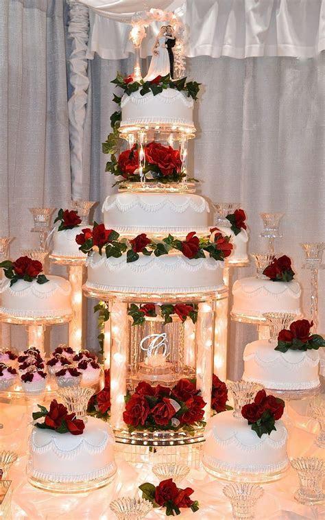pin  laura  decoraciones pasteles de boda disenos