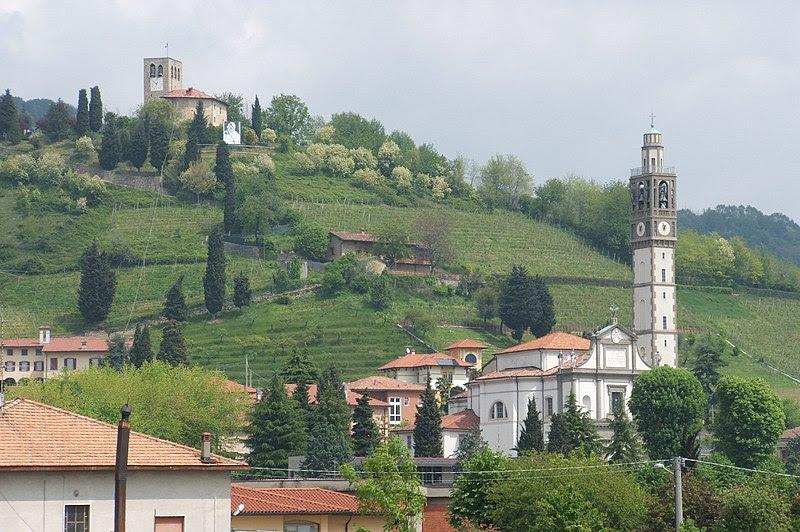 Archivo: Sotto il Monte panorama.jpg
