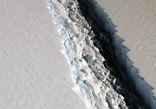 Gorgeous and frightening photos from NASA's IceBridge flights