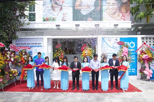 HCM City men's health clinic opens