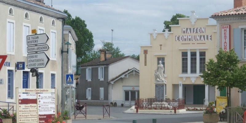 la-place-de-saint-symphorien_1847422_800x400