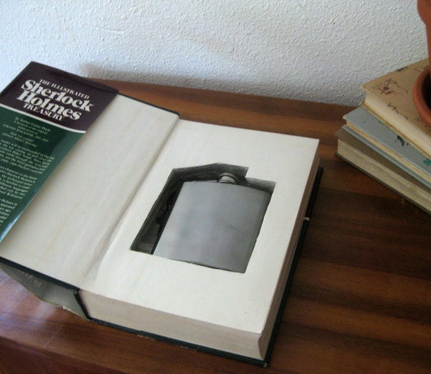 hollow book flask safe ''SHERLOCK HOLMES''