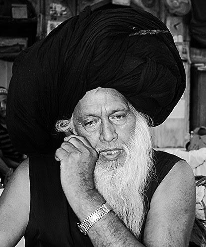 Syed Masoom Ali Madari Asqan by firoze shakir photographerno1