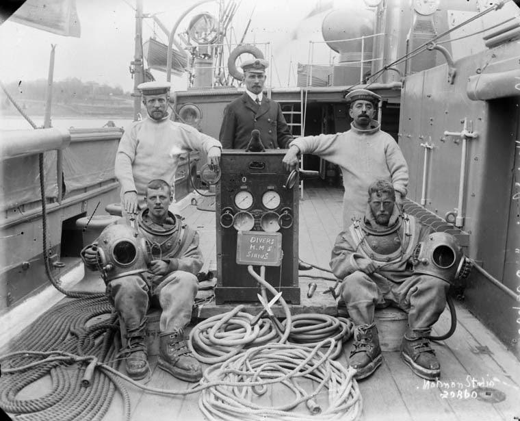 Divers on HMS Sirius