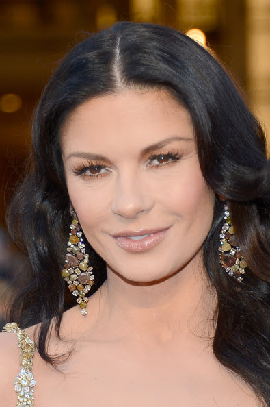 Actoress Catherine Zeta-Jones arrive at the Oscars held at Hollywood & Highland Center on February 24, 2013 in Hollywood, California.