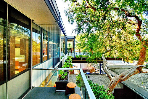 INVERTING NEUTRA: Installation at the VDL Research House July 13-September 7th by Michael Locke