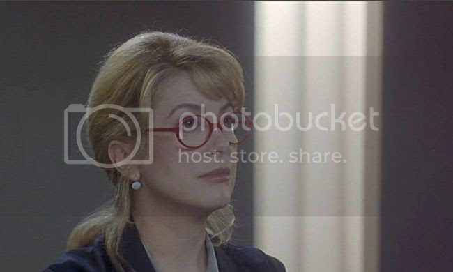 photo catherine_deneuve_genealogies_crime-3.jpg