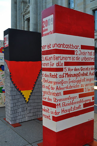 Dominosteine am Brandenburger Tor (22)