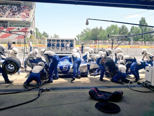 First pit stop for Marcus, he's back out in P15 on another set of soft tyres. Pascal hasn't pitted yet...