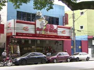 Casa de carnes em São José que pertence a um dos acusados (Foto: Reprodução/TV Vanguarda)