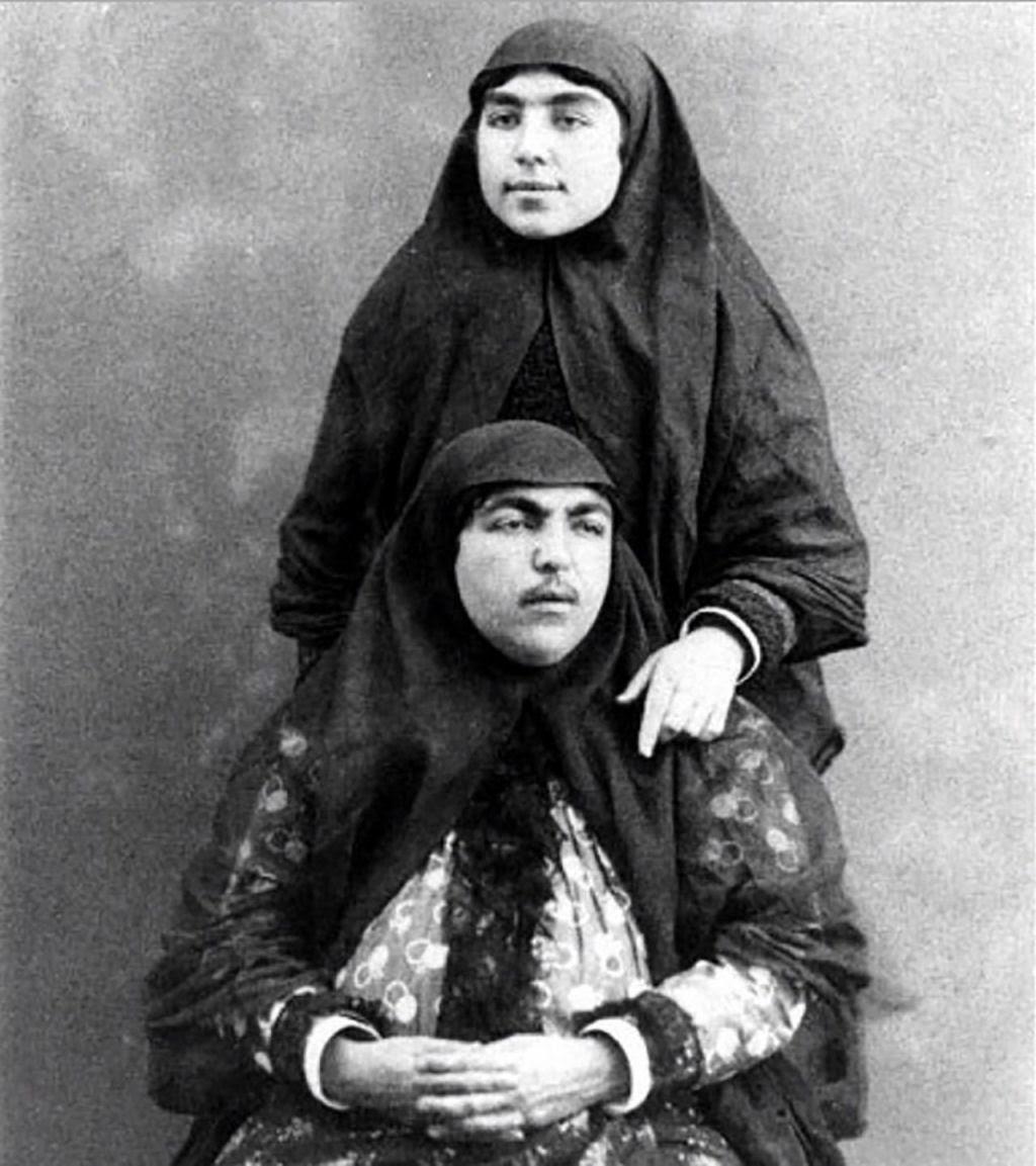 Assim eram as 100 concubinas do harém do Xá de Pérsia no Século XIX 05