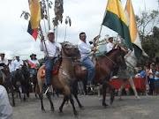 desfile de san nicolas, verdaderos montubios, rinden homenaje a su recinto
