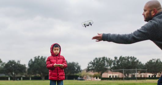 Santa Delivered the Drone. But Not the Safety and Skill to Fly Them. - The New York Times