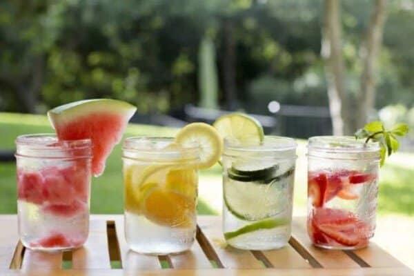 Perca peso tomando água detox. (Foto: Divulgação)