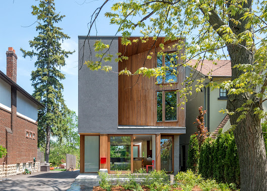 Williamson Chong adds carved facade to Toronto family home