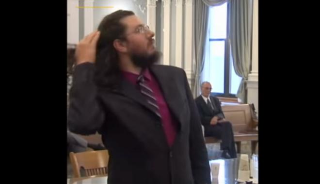 Ο 30χρονος γιος στο Δικαστήριο