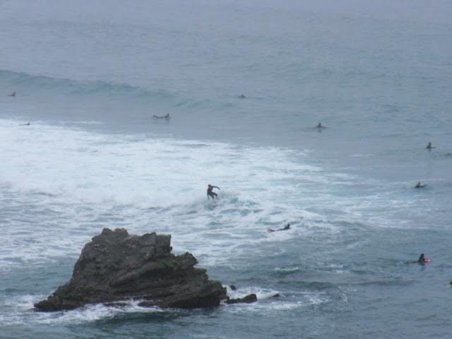 sesión de surf del 18 de mayo del 2007, sopelana, olas de medio metro