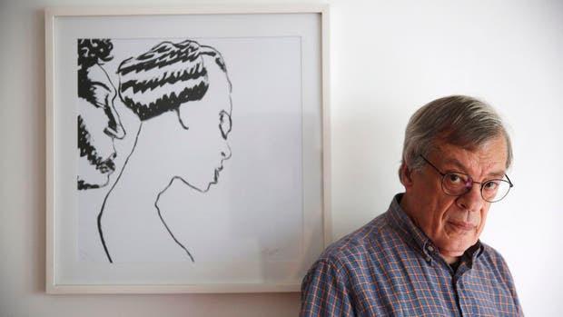 José Muñoz reside en Francia y a los 74 tuvo su primera gran muestra en el país