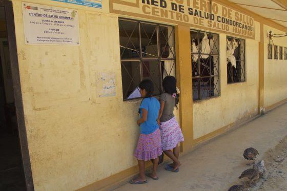 Centro de salud de Huampami, capital de la cuenca del Cenepa