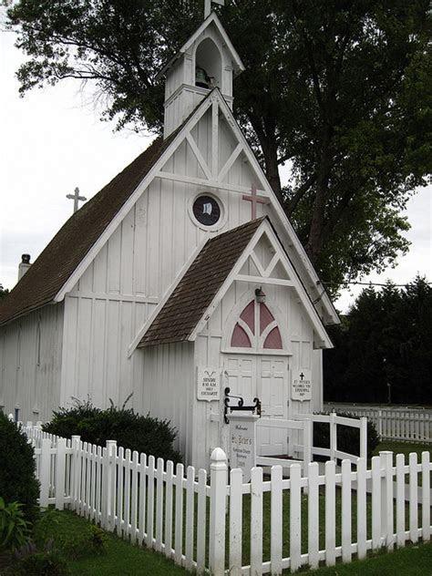 Small Wedding Chapels In Michigan