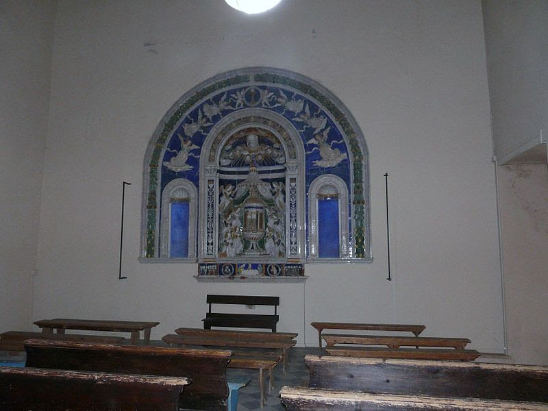 Fil: Acquapendente-Basilica San Sepolcro-fonte.jpg