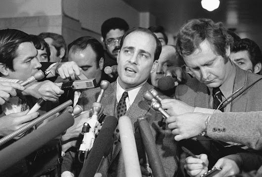 Famed Manson family prosecutor Vincent Bugliosi dies at 80