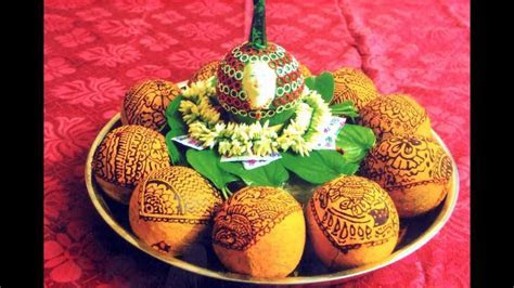 Coconut Decoration with Mehndi design   Plate Decoration