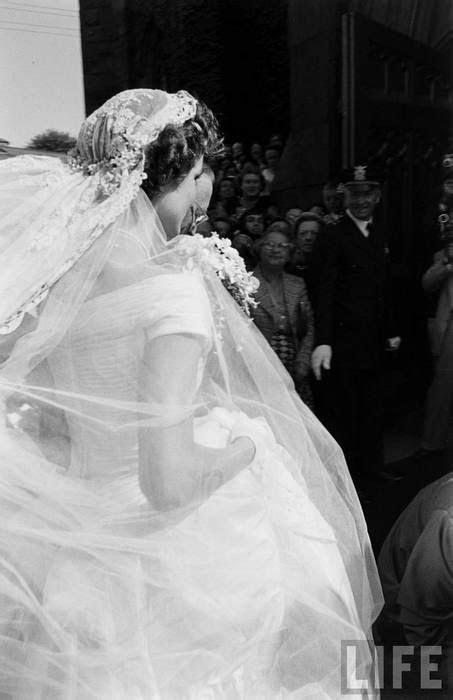 Jacqueline Bouvier on her wedding day (09.12.1953) to