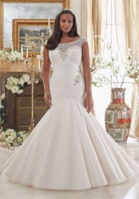 Embroidery on Tulle Plus Size Wedding Dress   Style 3206