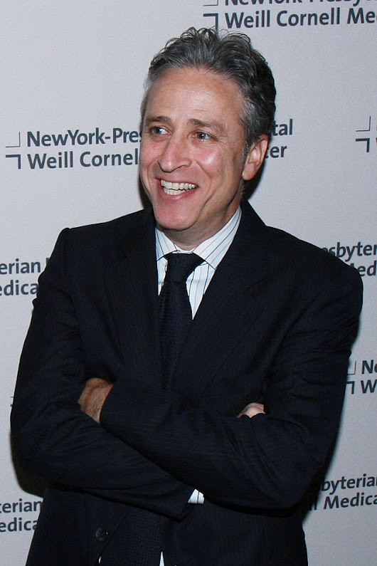 Jon Stewart 2015: dating, smoking, origin, tattoos & body - Taddlr