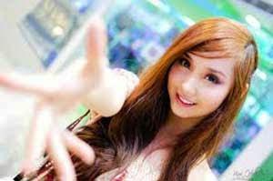 Wanita selalu ingin terlihat anggun dan menarik 5 Wanita Cantik Asia Yang Memiliki Wajah Seperti Tokoh Komik