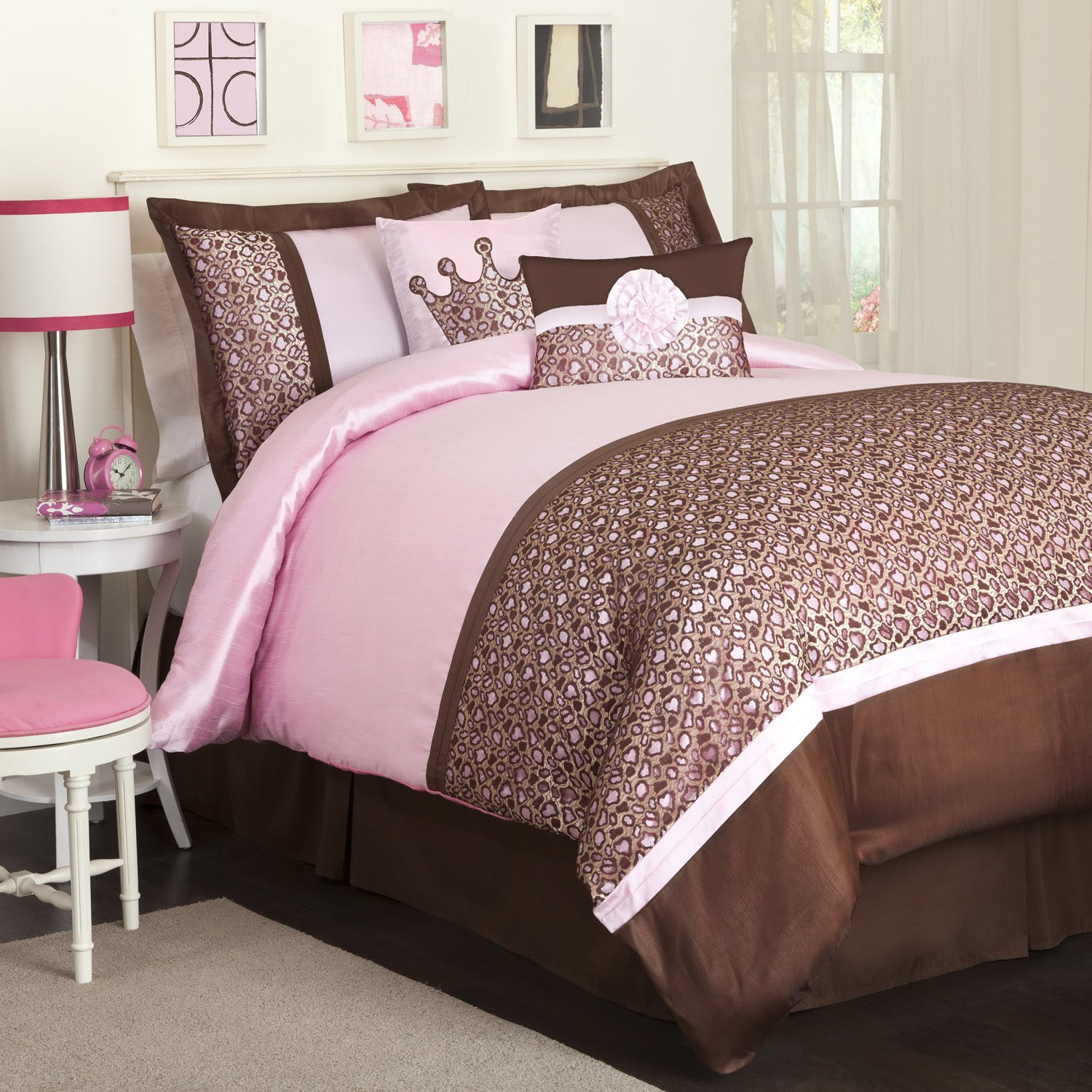 Best Graphic of Pink And Brown Bedroom | Ryan Nicolai