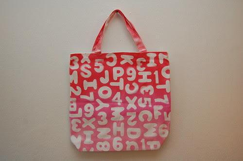 Alphabet Ombre Tote Bag Tutorial