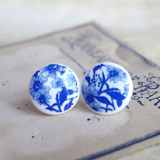 Blue floral stud earrings faux porcelain post upcycling jewelry 19 mm