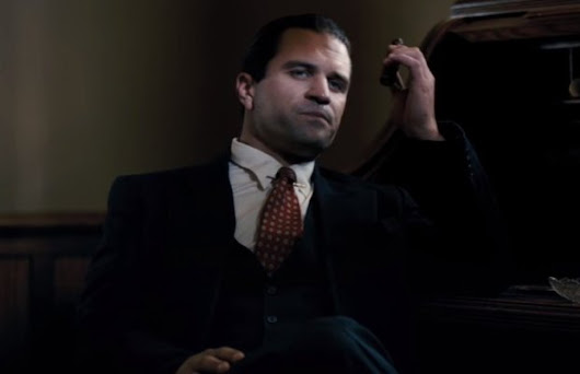 Mel Gibson's Son Appears As Al Capone In GANGSTER LAND Trailer | FizX