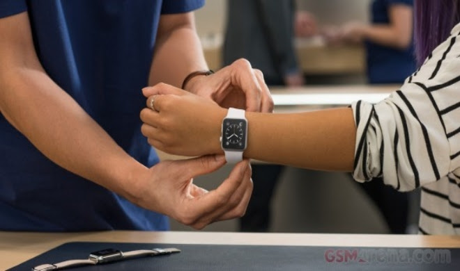 Apple Watch successor to launch later this year, says analyst