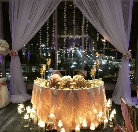 Sweetheart table, backdrop   Backdrops   Centros de mesa