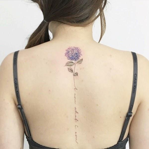 Unterarm filigran tattoo frau Tattoo Schmetterling