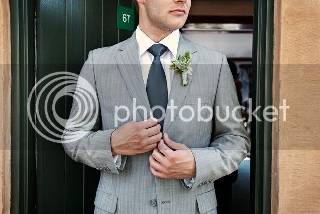 http://i892.photobucket.com/albums/ac125/lovemademedoit/indie-groom.jpg?t=1287122259