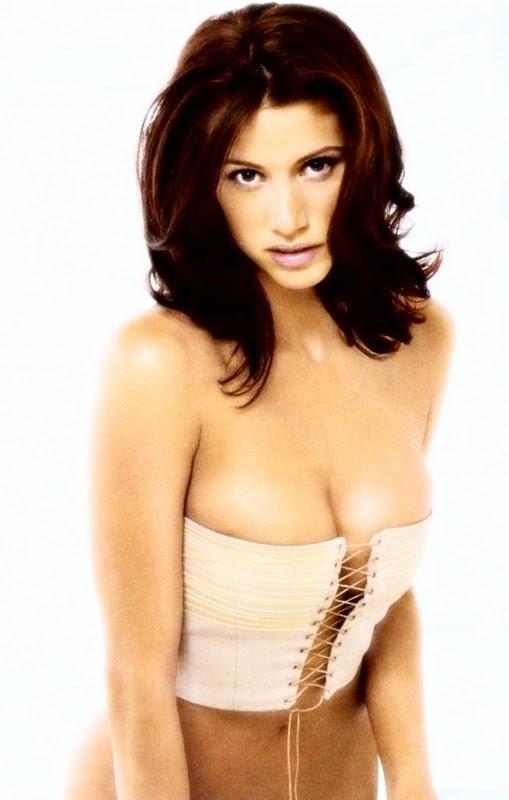 Shannon Elizabeth Tacnazo Corset