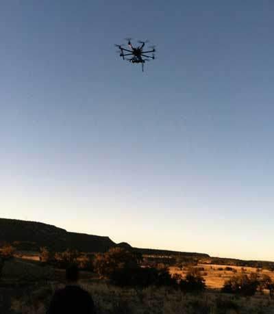 Drone utilizado para la nueva exploración no-invasiva del terreno.