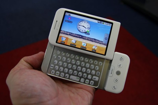 14. T-Mobile G1 dengan Google