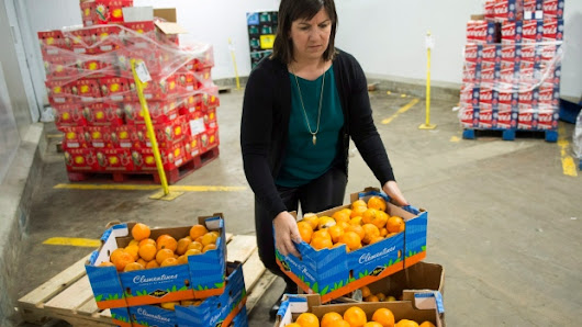 Canadian food banks fear perfect storm from rising produce prices
