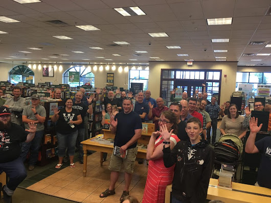 Look At All Those People Having Fun Wrong. The Still Not a Real Writer Book Tour 2017 Recap.