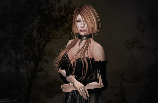 Antique Style Portrait in Second Life