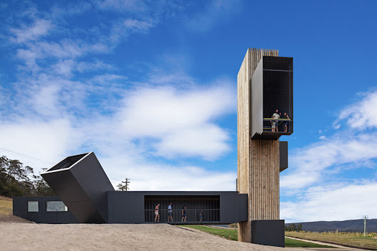 Dramatic lookout tower in Tasmania is built from repurposed shipping containers