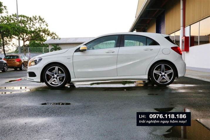 Mercedes A250 AMG 2014 ngoai that (7)