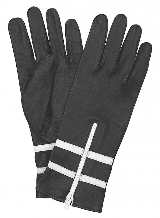 Buy the leather gloves with amazing quality for the best driving experience